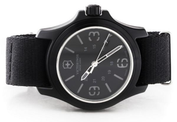 Đồng hồ Victorinox 241517